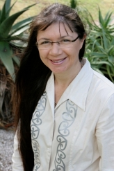 Dr Marewa Glover. (Source: fmhs.auckland.ac.nz )