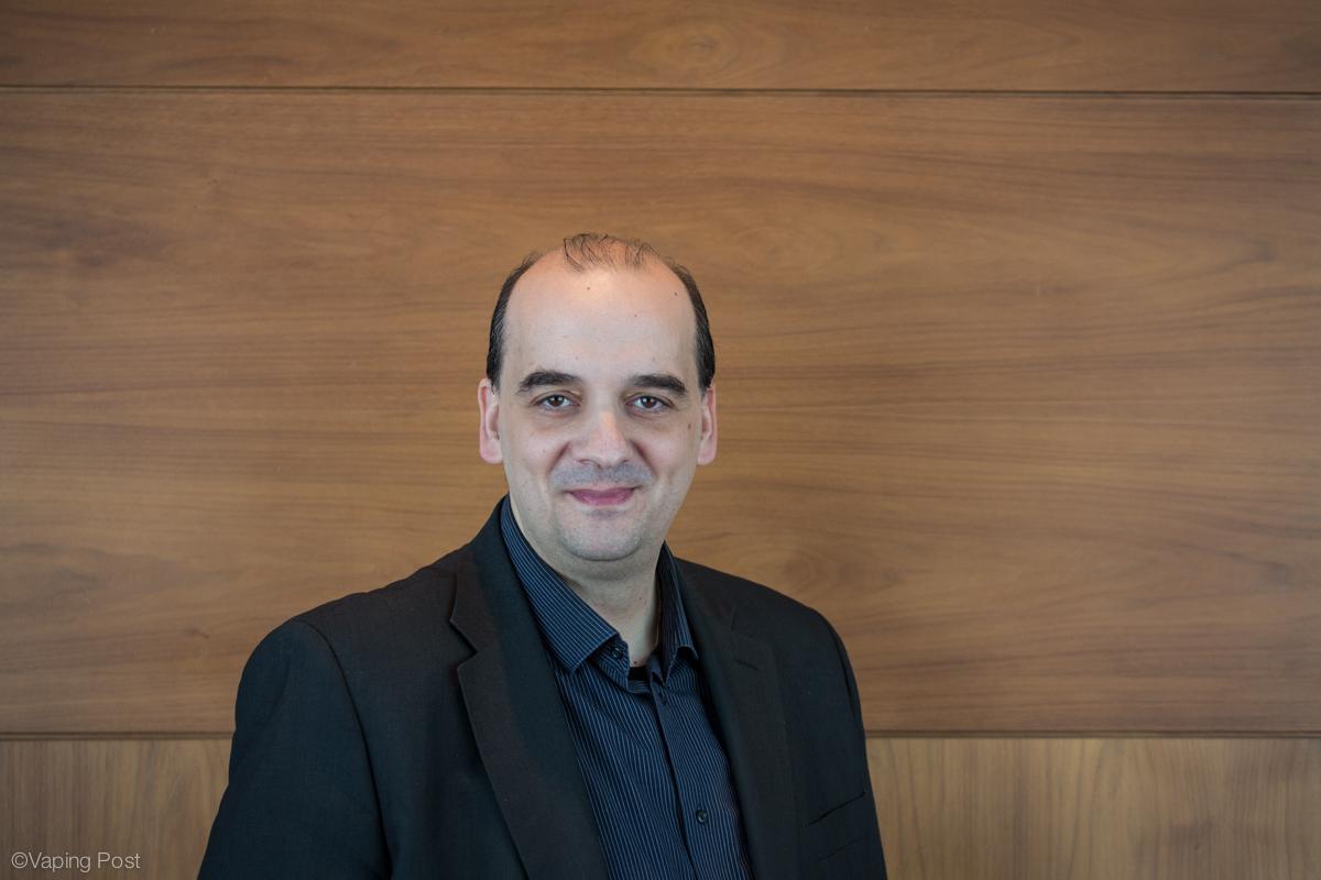 Konstantinos Farsalinos, cardiologist