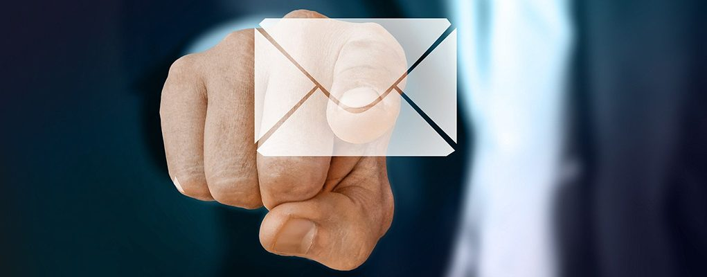 Mail clicking on email